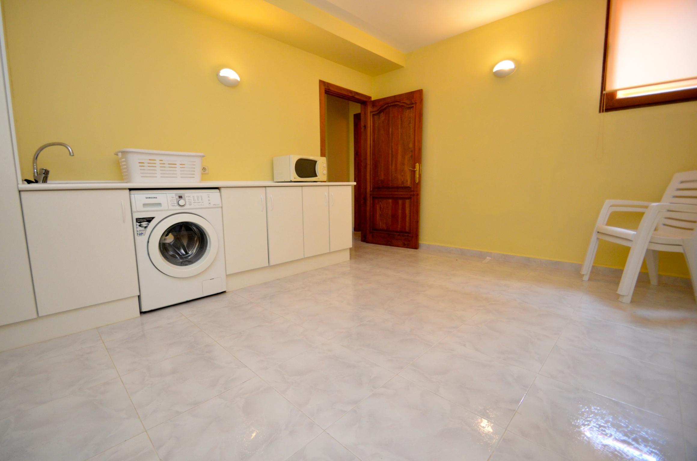 Casa Catalina Laundry