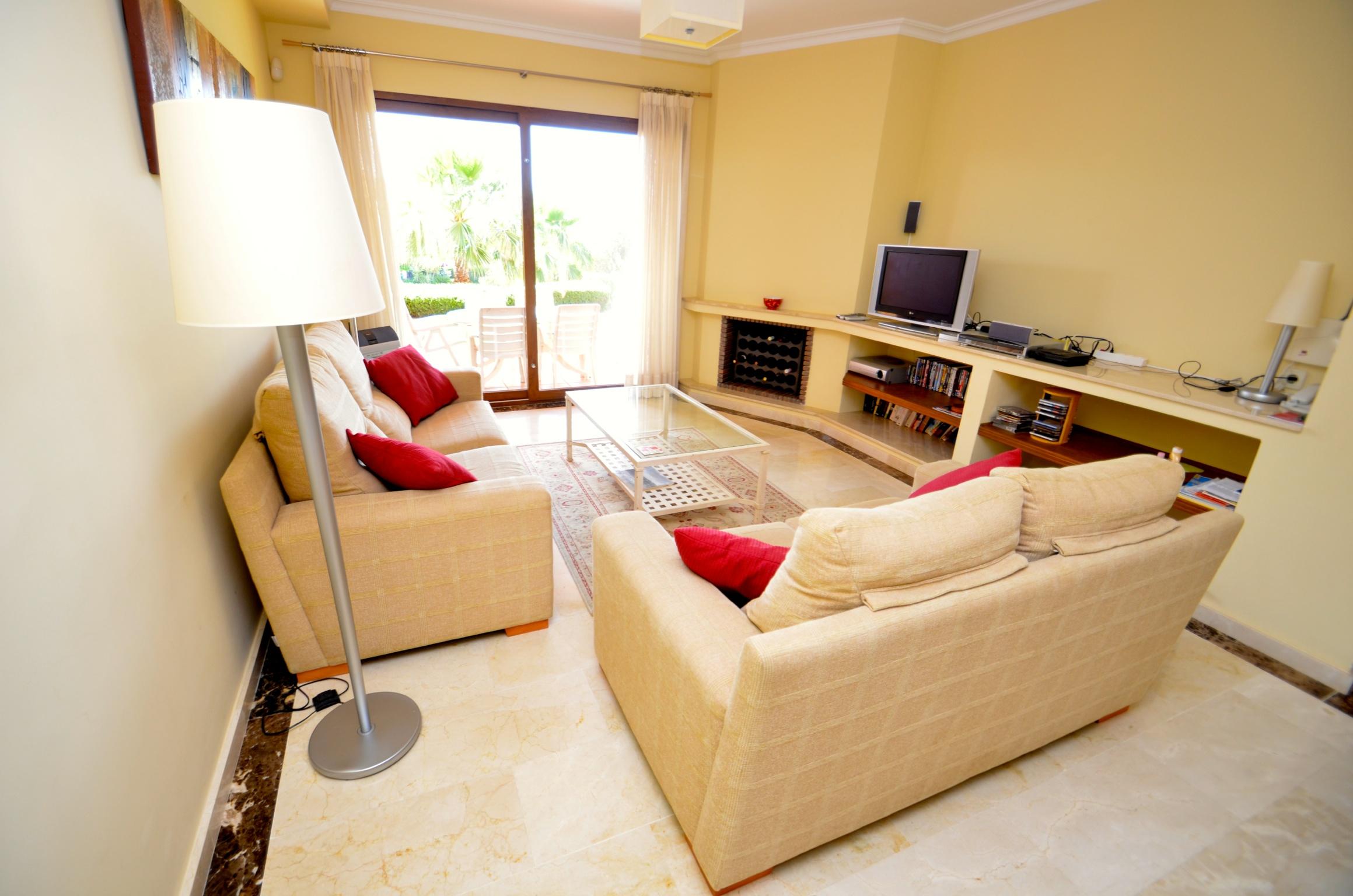 Casa Catalina Lounge