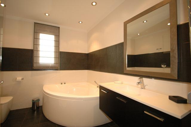 Galicia Bathroom 3