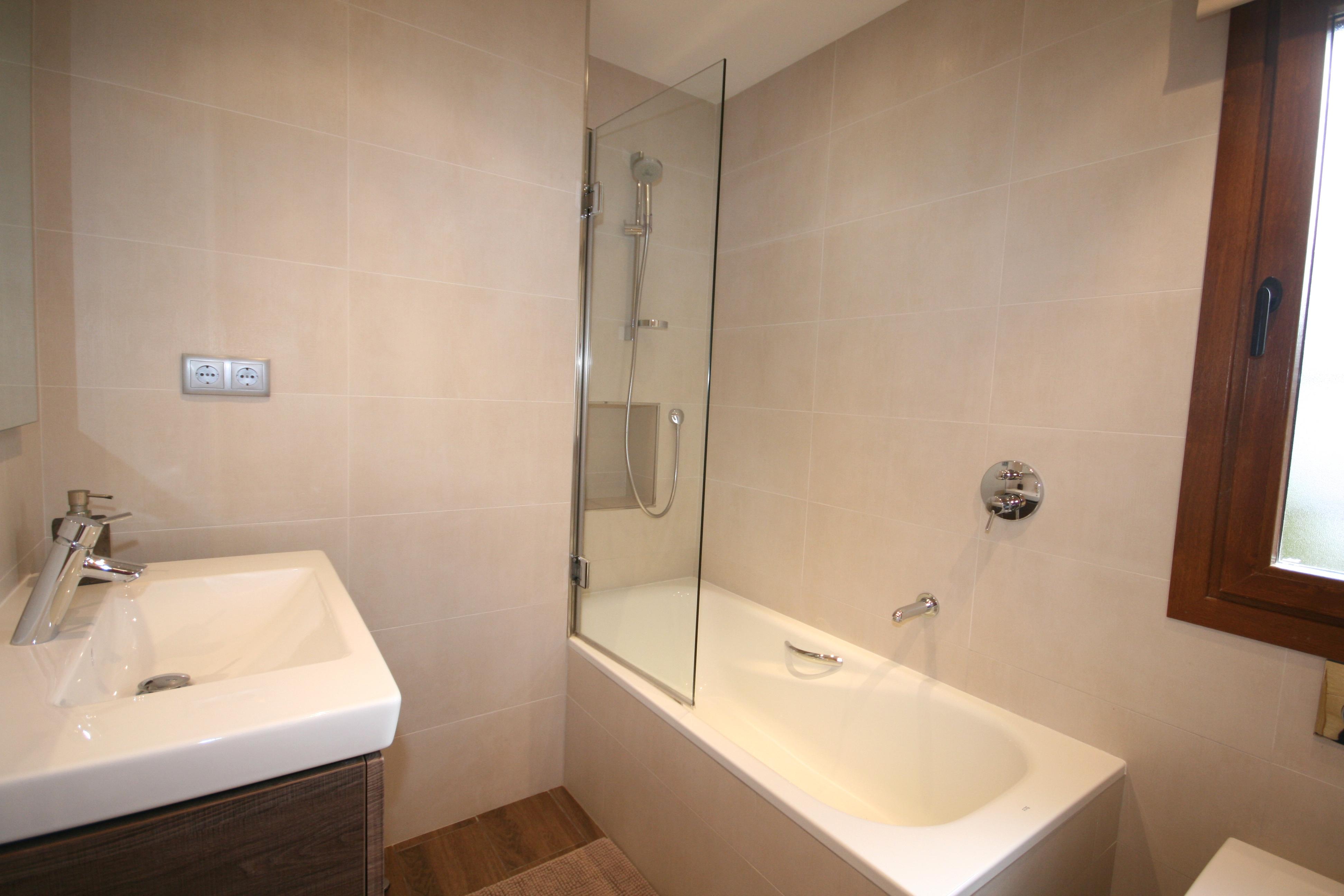 Hibisco Bathroom