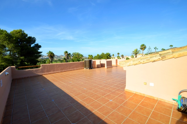 Solana Roof Terrace 2