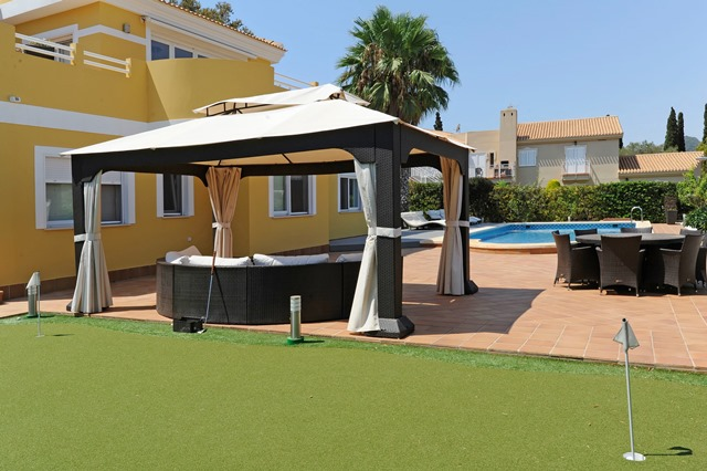 Sunset House Putting Green