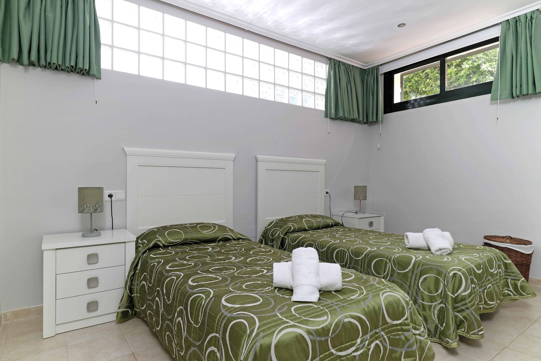 Aragon Bedroom 5