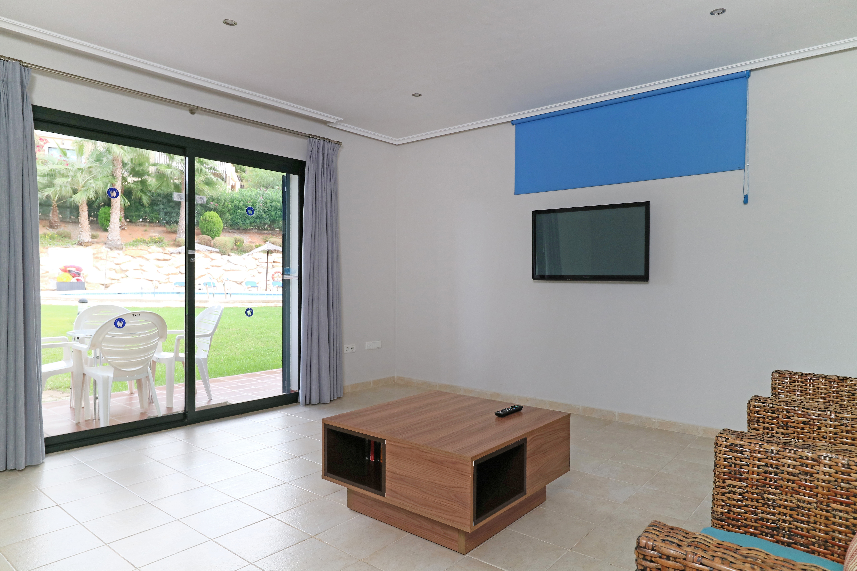 Aragon Lounge 2