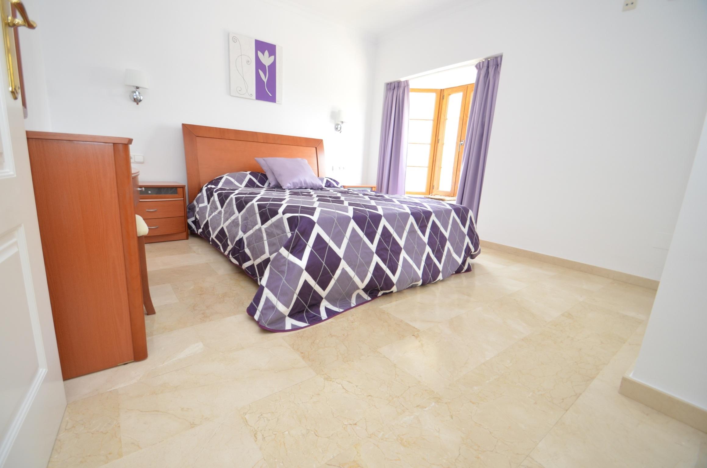Cerezo Bedroom 1