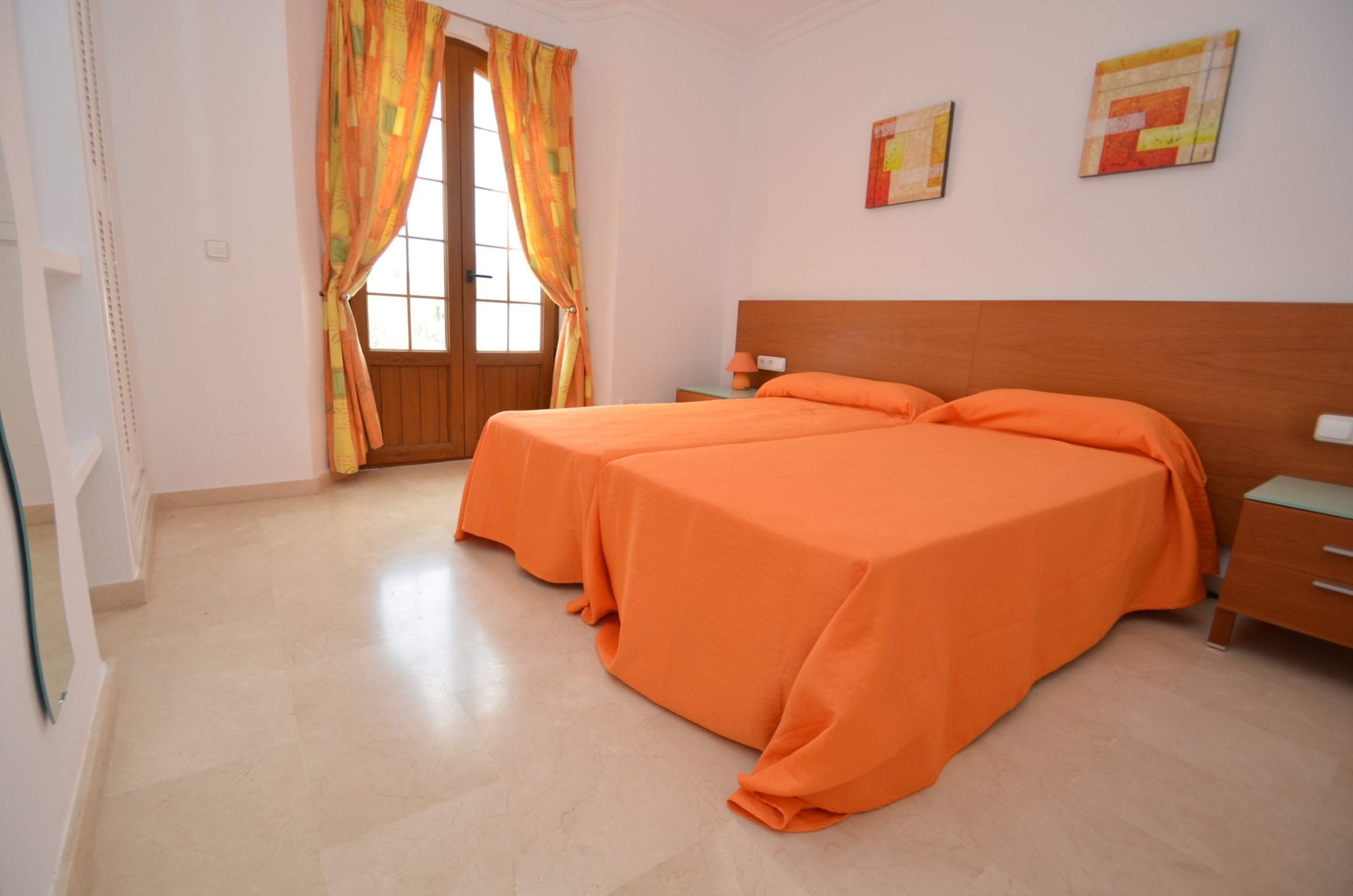 Cerezo Bedroom 4