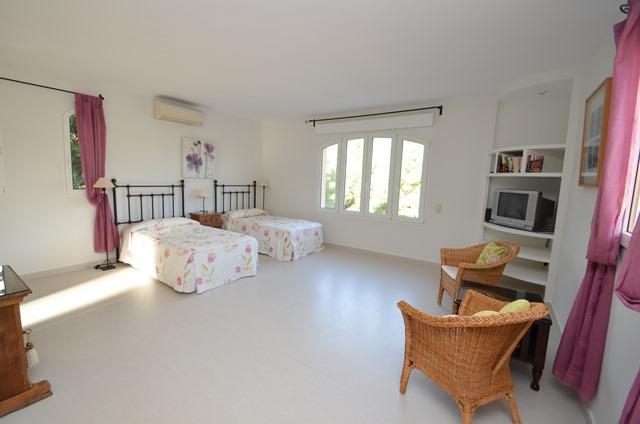 Oasis Bedroom 4