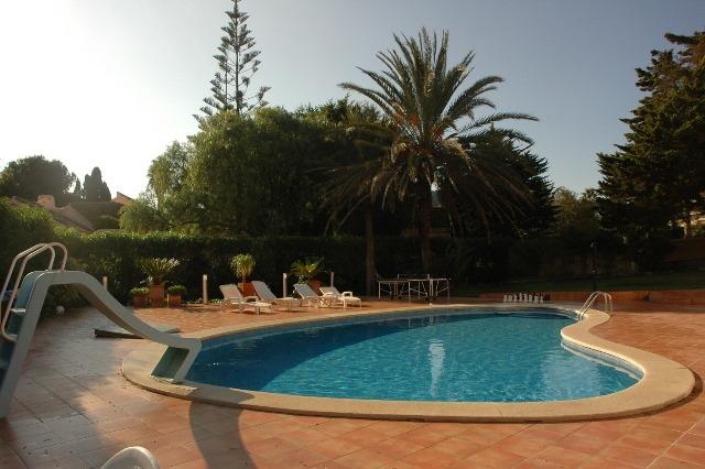 Sevilla Pool